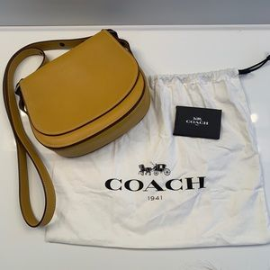 Coach Saddle Bag 23 Crossbody, Yellow NWT